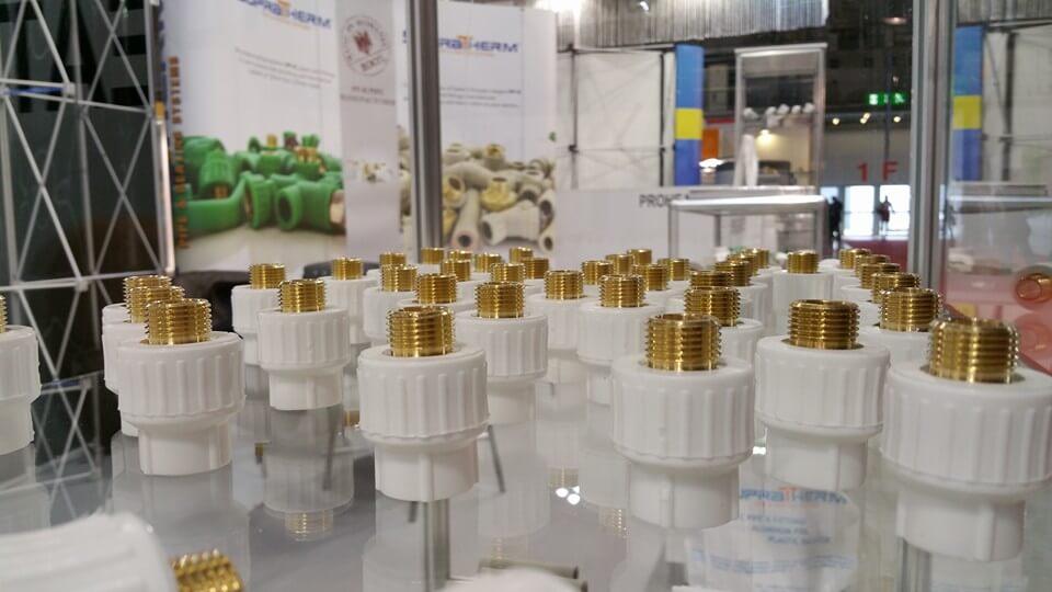 Компания SupraTherm является европейским производителем полипропиленовых систем для водоснабжения и отопления, которая расположена в Бухаресте (Румыния). Более 10 лет основной продукцией является: полипропиленовые трубы и фитинги, шаровые краны, запорные клапаны, стекловолокном композитная труба, стабилизированная труба с алюминием.